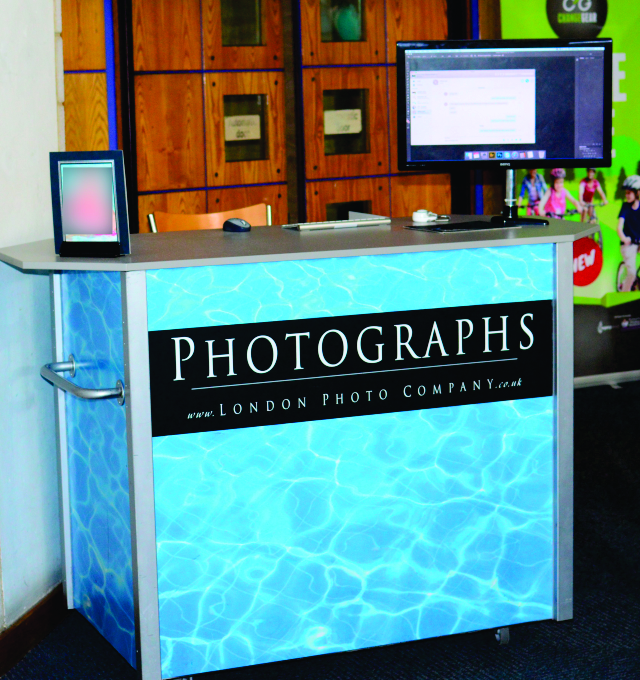 Large format digital graphics applied aluminium composite panels of London Photo Company counter